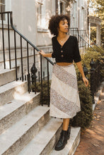 Load image into Gallery viewer, Floral-print Woven Midi Skirt