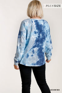 Tie-dye Button Front Long Raglan Sleeve Top With Raw Hem