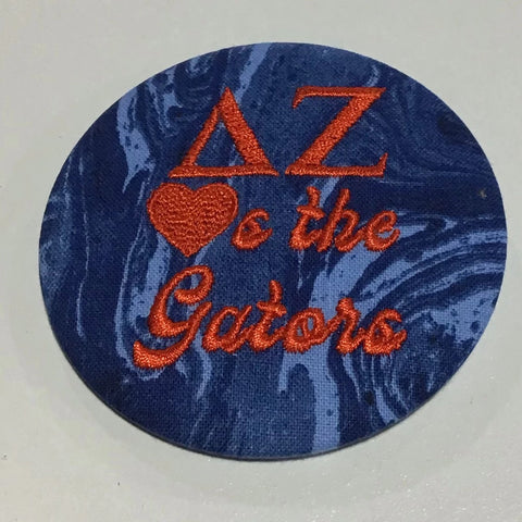 "Delta Zeta ""Hearts the ___"" Retro Game Day Button"