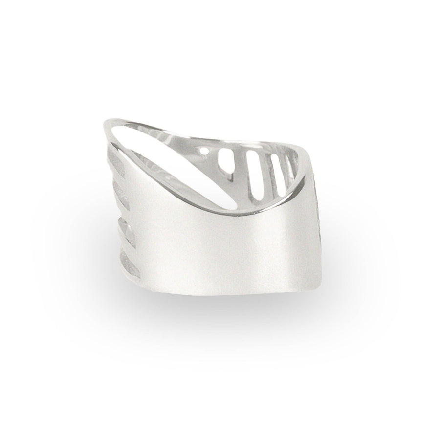 SHARCH CUT OUT RING SILVER
