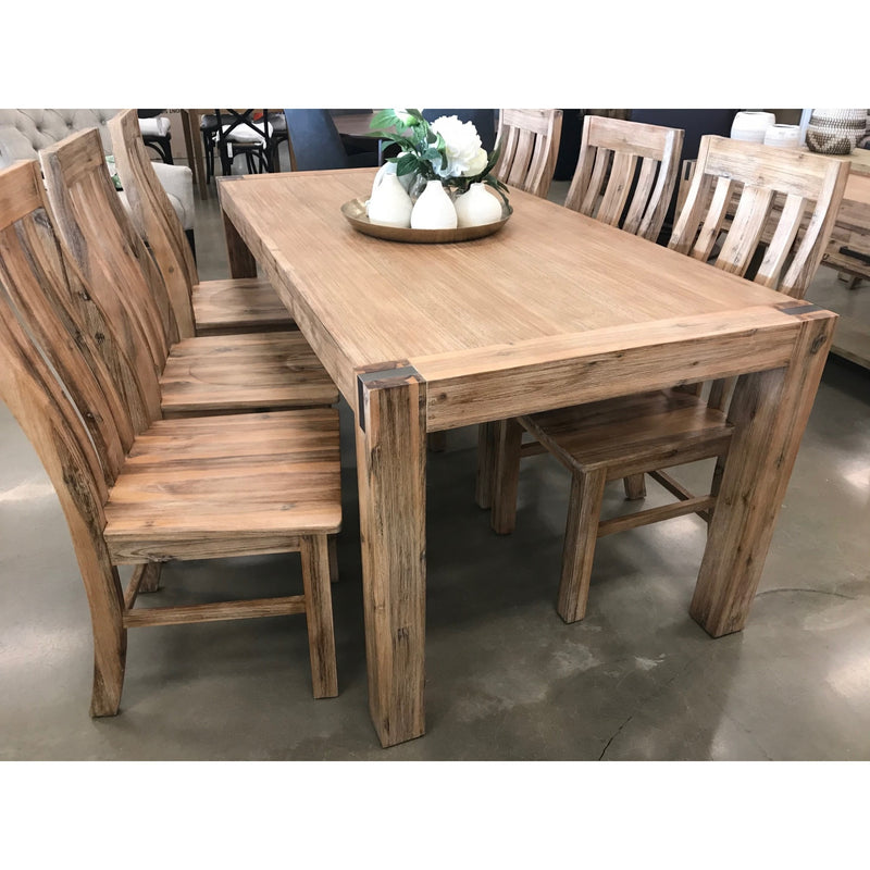 Venice 1800 Dining Table