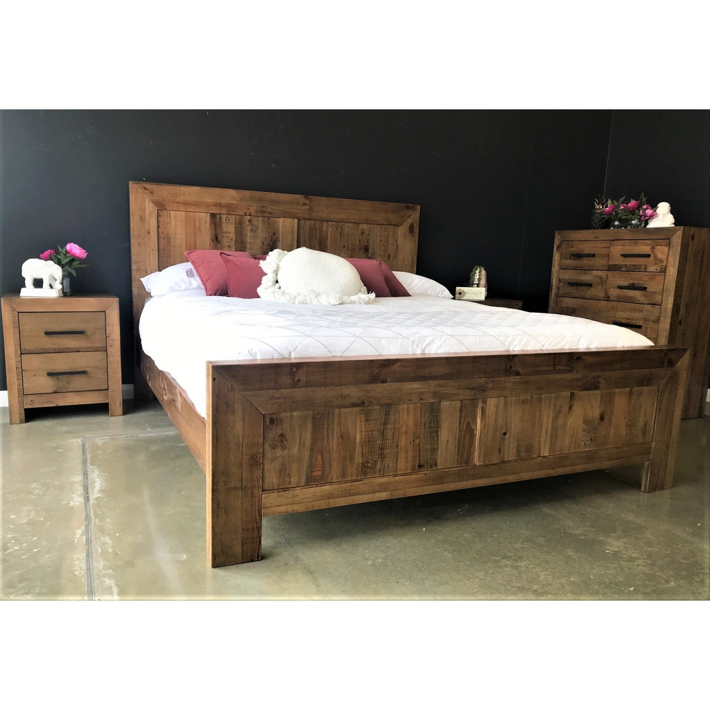 Farmyard 4 Piece King Tallboy Suite Natural K Bed, 2 B/Sides, Chest