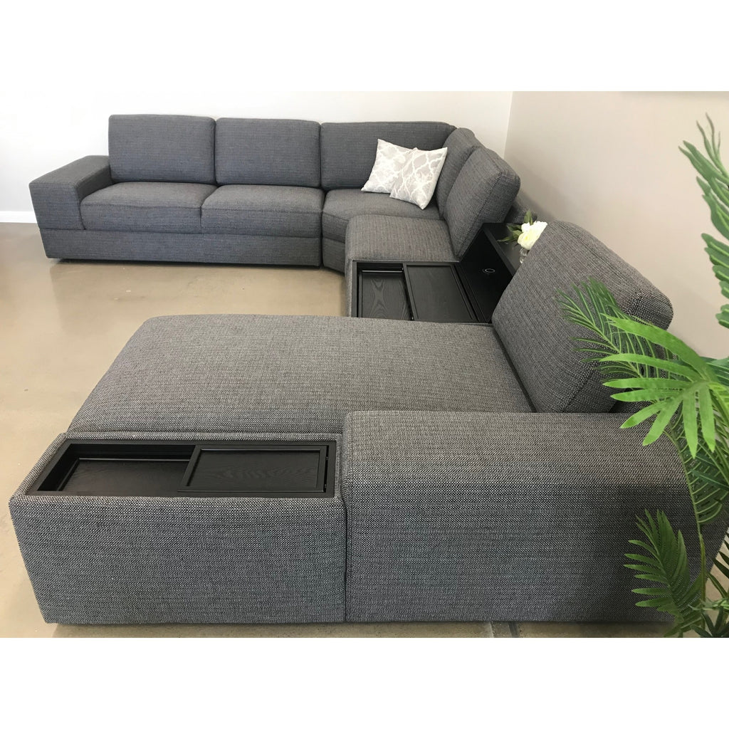 Mendoza 5 Seater Modular Corner with RHF Chaise Centre Console & 2 Power Chargers