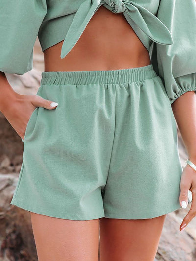 Casual  Cotton-blend Solid Color Stretch Waist Pocket Shorts
