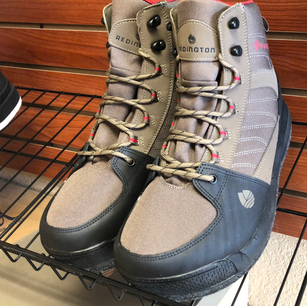 Redington bench mark wading boots