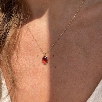 Oval Rose Cut Rhodolite Garnet Pendant Necklace