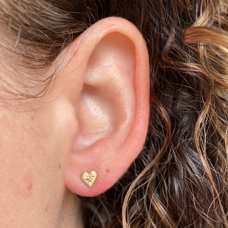 TINY STITCHED HEART STUDS
