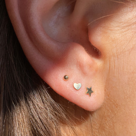 MEMORY DIAMOND STUD EARRINGS