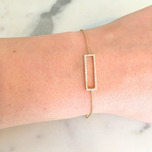 DAINTY DIAMOND RECTANGLE BRACELET