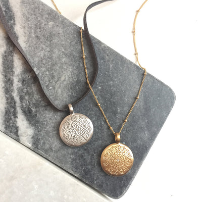 AWAKENING DISC NECKLACE