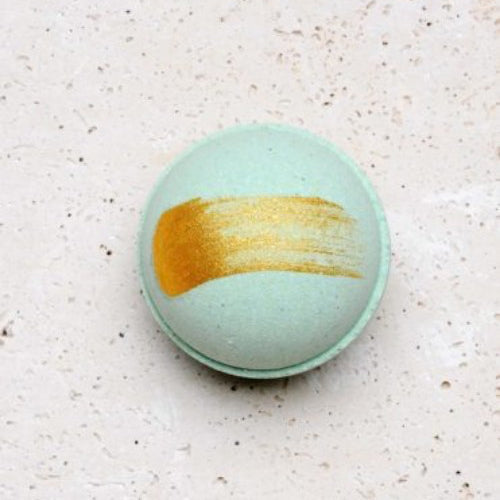 GOLD DUSTED BATH BOMBS