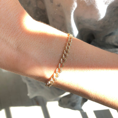 Pave Diamond Curb Chain Link Bracelet