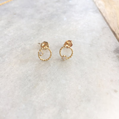 SMALL DOT CIRCLE EARRINGS