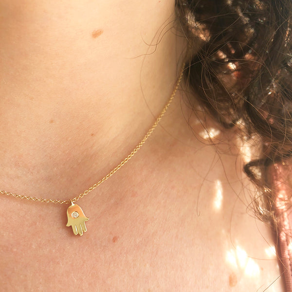 GOLD AND DIAMOND HAMSA NECKLACE