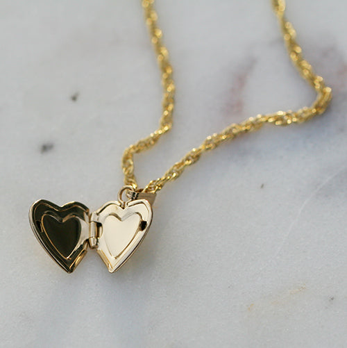 HEART DARLING LOCKET
