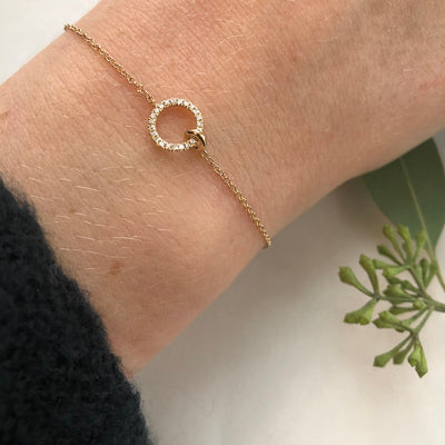Gold and Diamond Interlocking Circle Bracelet