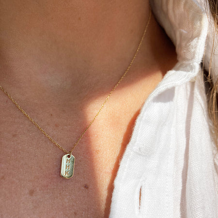 MINIMALIST DIAMOND BAR NECKLACE