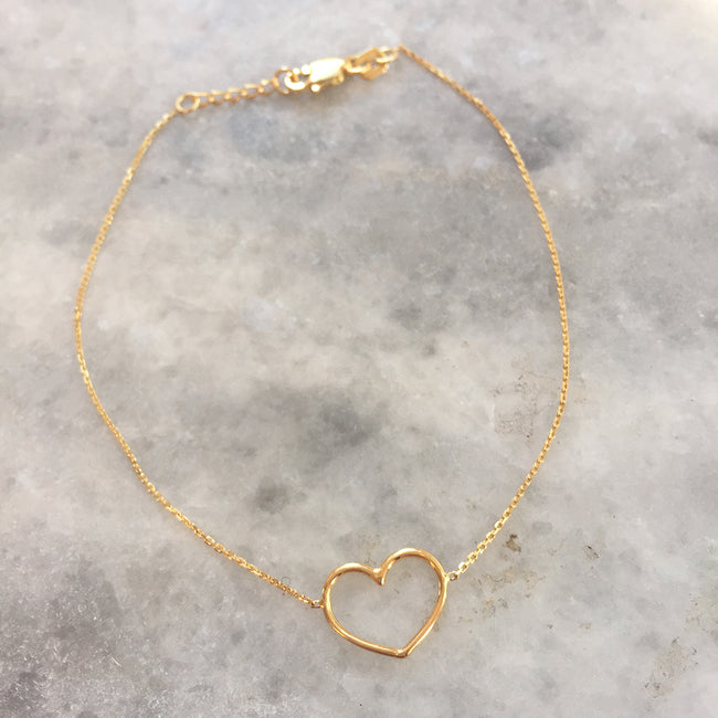 Gold Wire Open Heart Bracelet