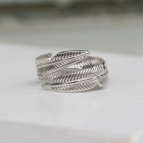 SILVER WRAP AROUND FEATHER RING