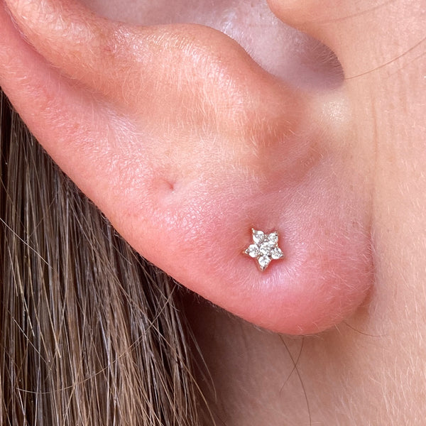 AD ASTRA DIAMOND STAR STUD EARRINGS