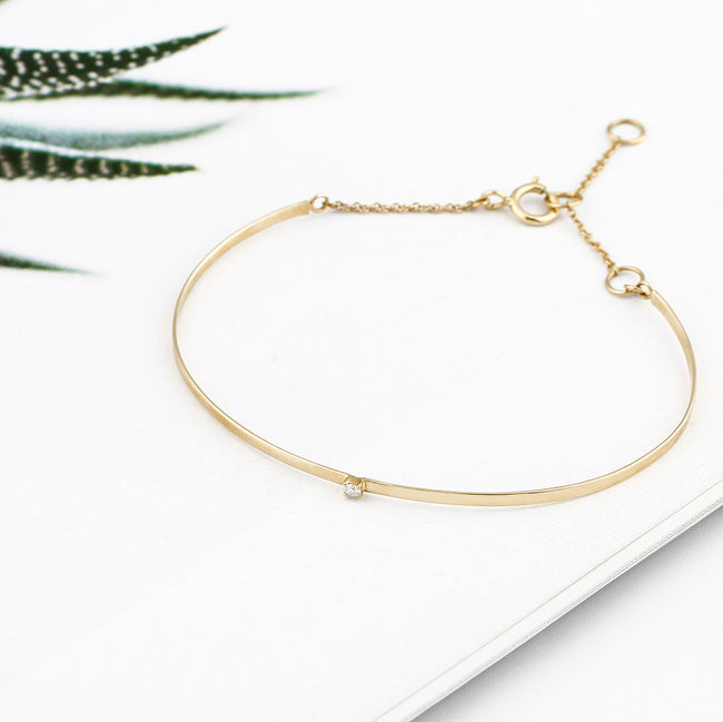 THREAD OF GOLD DIAMOND BANGLE