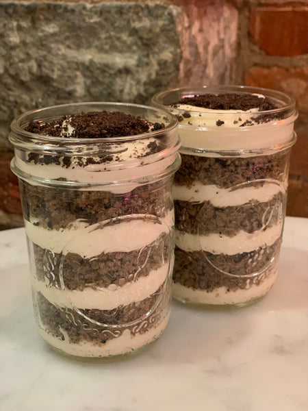 2 VEGAN Cookies & Cream Cake Cups
