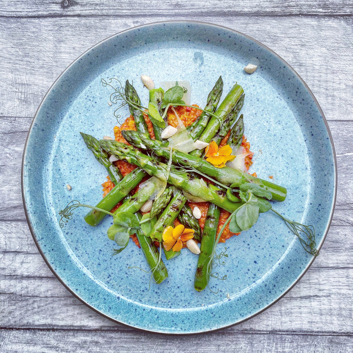 VIDEO RECIPE. ROMESCO SAUCE WITH GRIDDLED ASPARAGUS