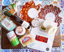 Load image into Gallery viewer, Best of Spain - Luxury FRESH Grazing Box / Hamper