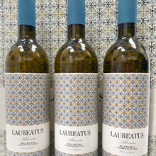 Load image into Gallery viewer, Wine Match - Aromatic Albarino
