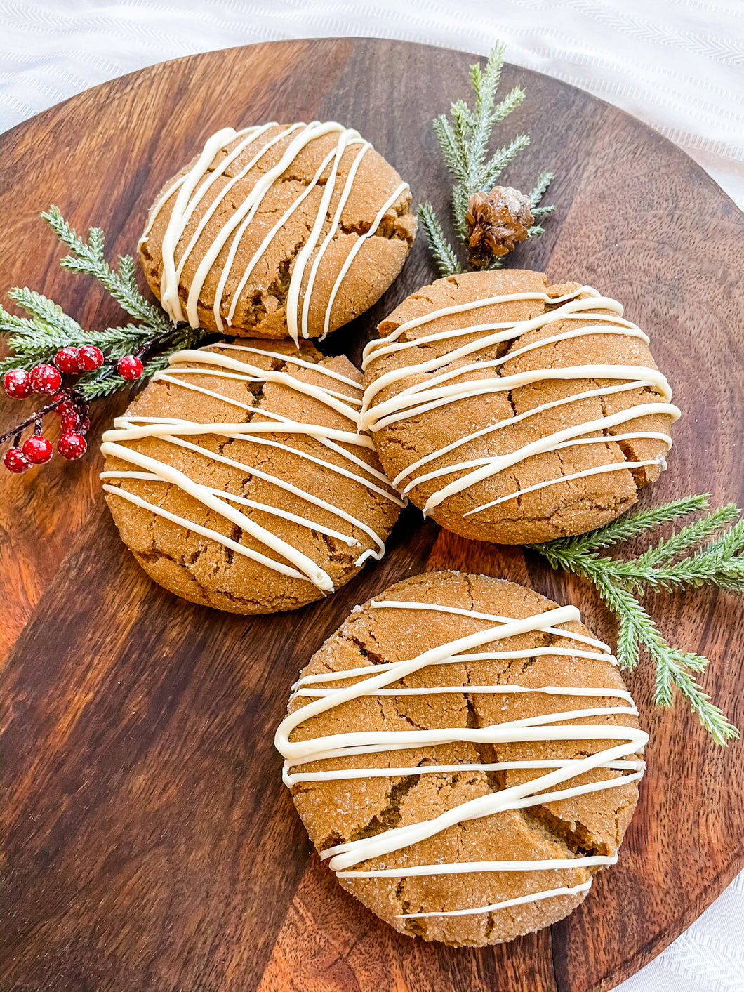 Covet 4 Oversized Cookies - Holiday Gingersnaps