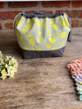 Load image into Gallery viewer, Made to order - Botanical yarn - Project bag style 01 -  design 12
