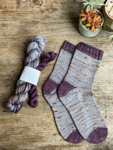 Load image into Gallery viewer, Dyed to order - Sock kit - amazing grey & black paeony