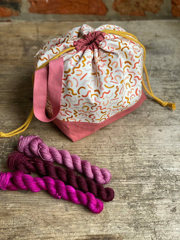 Made to order - Botanical yarn - Project bag style 01 -  Pastel wiggles