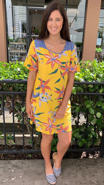 Carly Pocket Dress Yellow