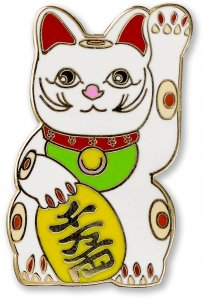 Enamel Pin: Lucky Cat