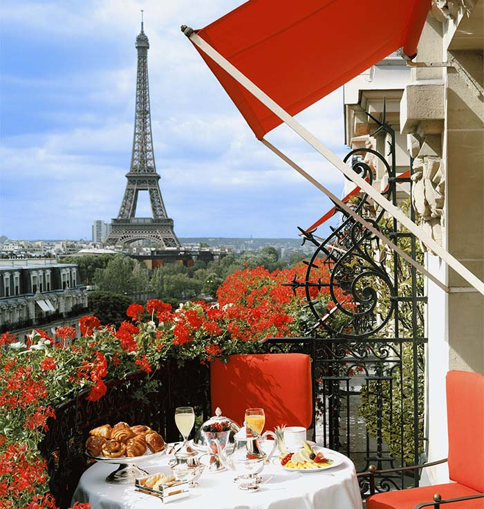 Terrasse Paris Rouge