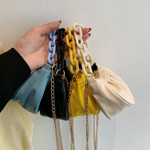 Milky white chain is suitable for iphone case