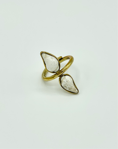 Nimiane Shell Ring