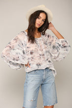 Load image into Gallery viewer, Puffy Sleeve Chiffon Top
