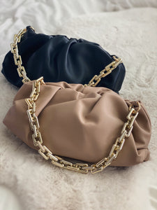 The Chunky Chain Pouch