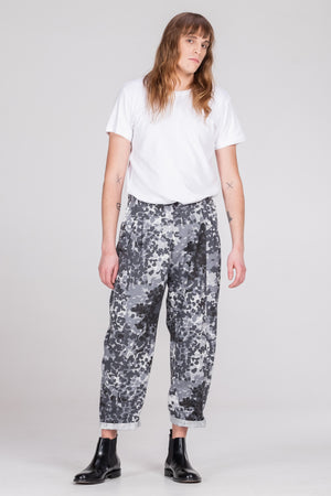 NORMAL CAMAFLAGE pants - One Wolf