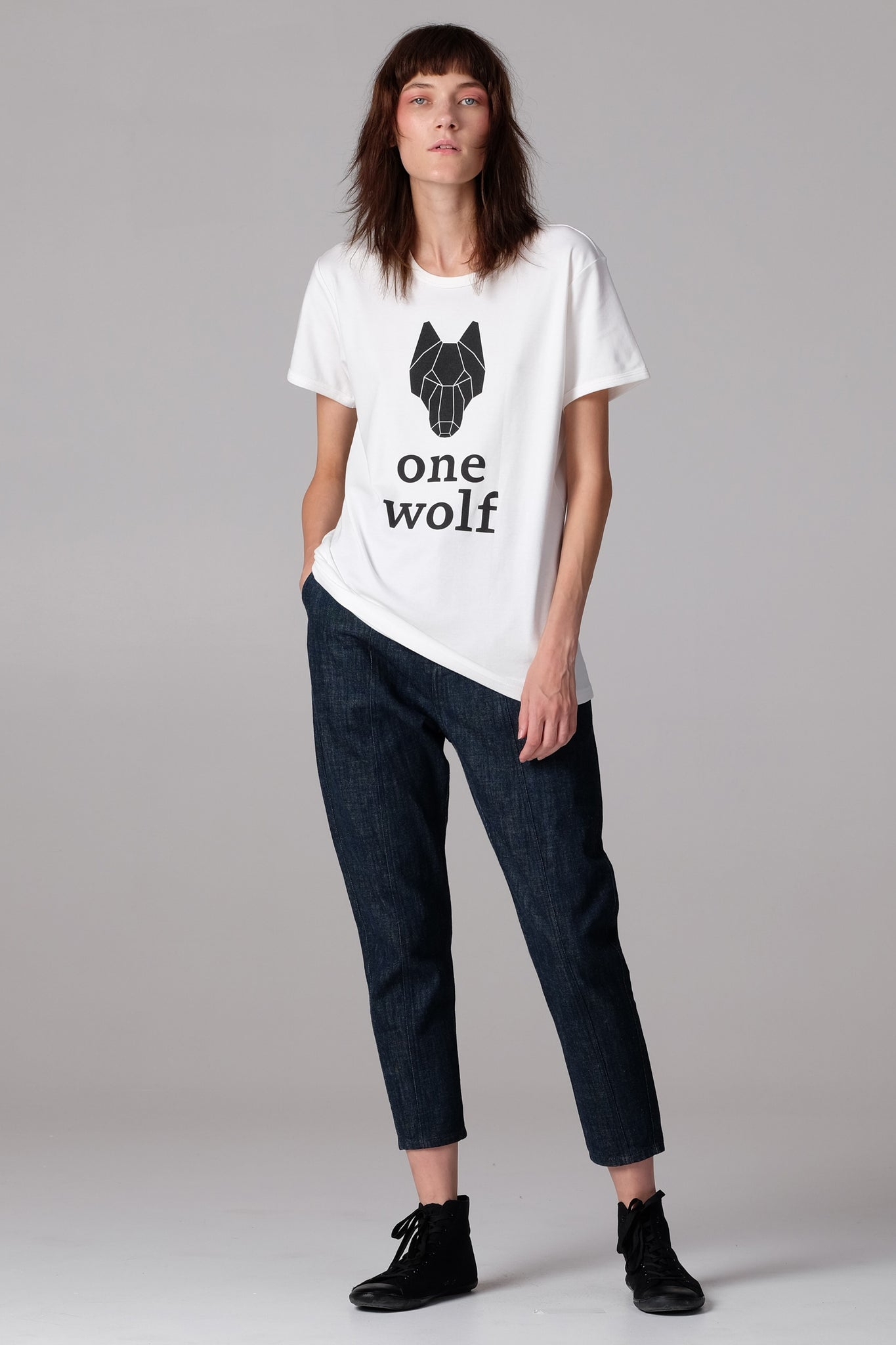 One Wolf logo T-Shirt off-white/black - One Wolf