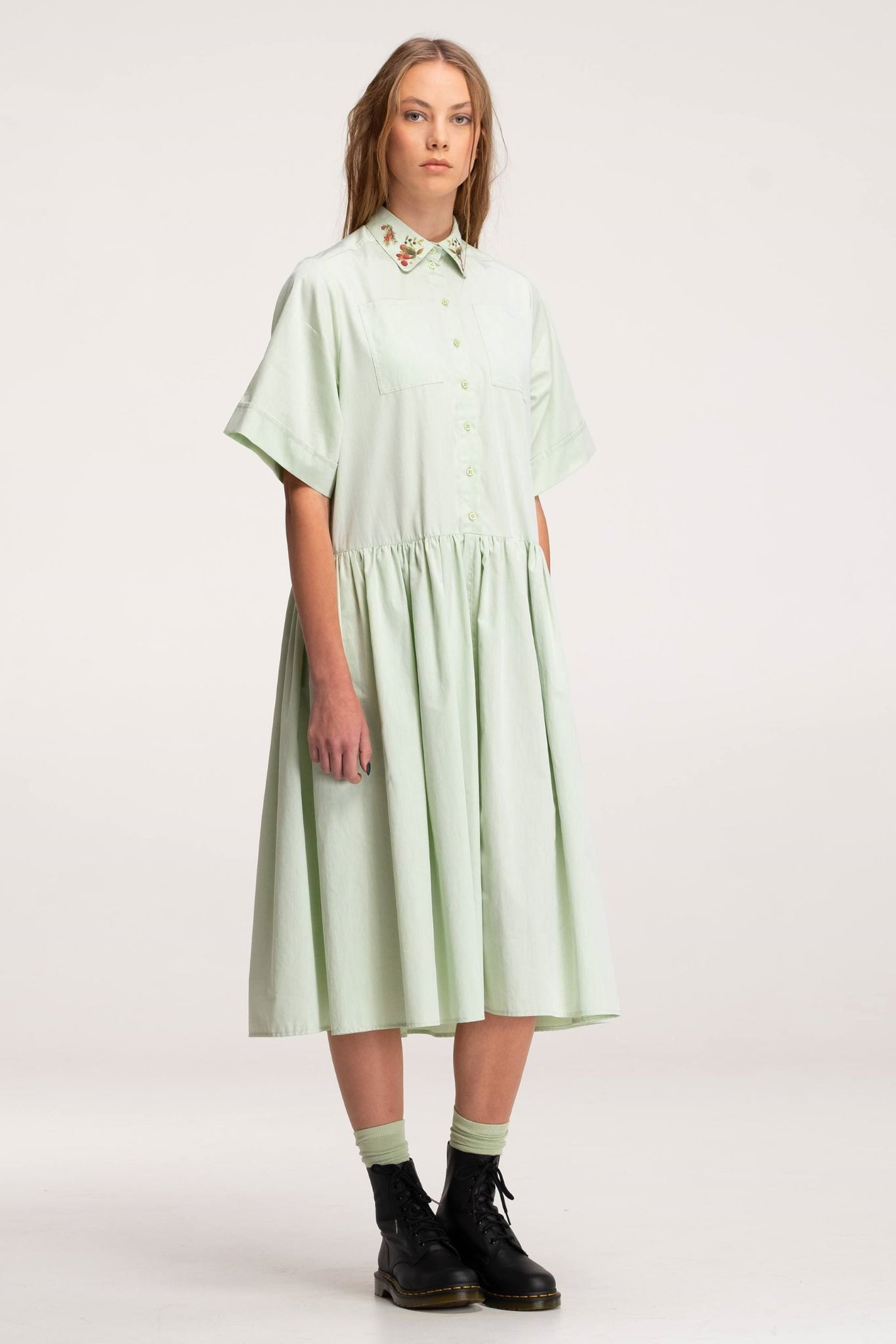 Dress SUMMER SOLSTICE fog green - One Wolf