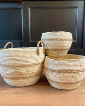 Load image into Gallery viewer, Maize Round Baskets