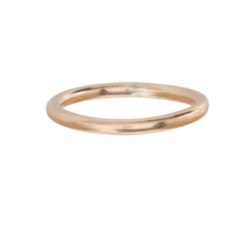 A perfectly simple 14kt gold filled band ring that looks great solo or added to a ring stack.