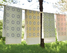 Load image into Gallery viewer, Woodblock Chicory design is individually screen printed featuring an all-over pattern covering most of the towel. Printed on flour sack cotton, this towel is uniquely soft, absorbent and durable. Plus it's safe to bleach, allowing it to hold up in the busiest kitchens!