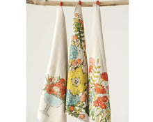 Load image into Gallery viewer, Floral Pattern Tea Towels