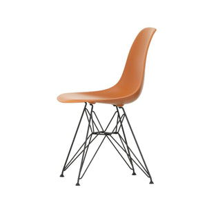 Eames Plastic Chair DSR