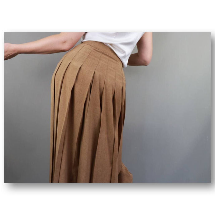 Pleated vintage skirt | 2000's Altum Vintage