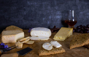 Scottish Cheese Selection with Cheese Oatcakes